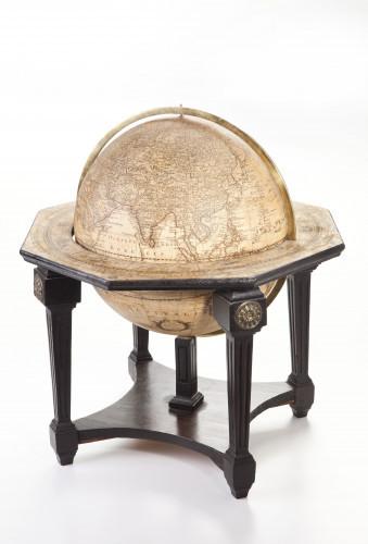 Zbirka navigacijskih instrumenata i brodske opreme