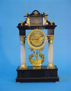 PPMHP 100080: Portalni sat s goblenom